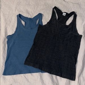 2 for 1 tank tops! 🥳